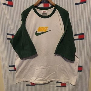 Nike 3/4 sleeve shirt